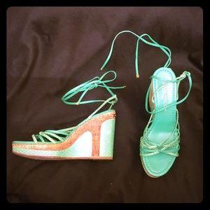 5733e38b177a Auth Louis Vuitton 39.5 Snakeskin Strapy Sandals
